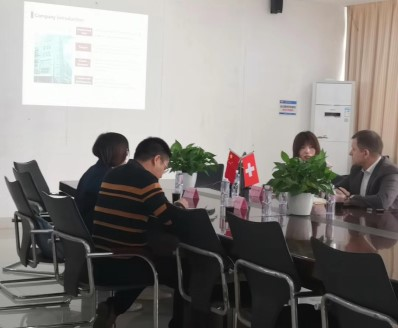 European customers visit our company for the development of high-quality Chinese suppliers